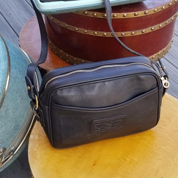 Dooney & Bourke Handbags - Vintage Authentic Dooney & Bourke Crossbody